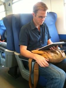 turista con Kindle